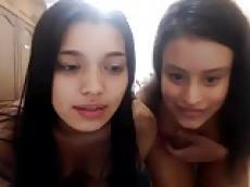 Two latina lesbians on Myfreecams