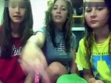 3 teens flashing on Stickam, stickam