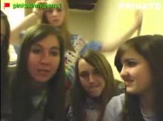 5 Stickam teens flashing, stickam